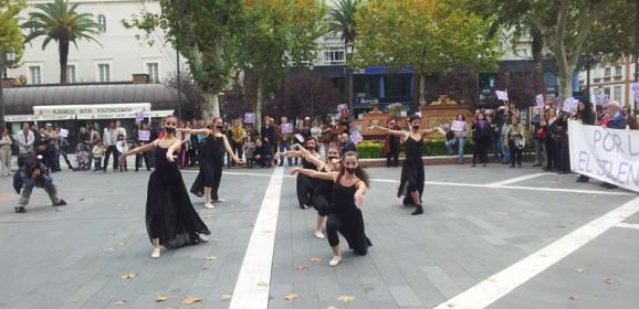 Axpress-Arte em Badajoz contra a Violência Machista